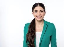 Mulher de negócio nova segura Fotografia de Stock Royalty Free