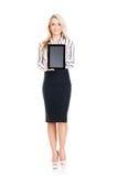 Mulher de negócio nova, segura, bem sucedida e bonita com t Fotografia de Stock