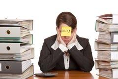 A mulher de negócio precisa a ajuda de controlar o trabalho fotografia de stock royalty free