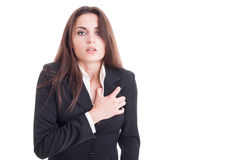 Mulher de negócio que tem um cardíaco de ataque ou uma parada cardíaca Foto de Stock Royalty Free