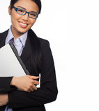 Mulher de negócios asiática confiável com portátil Fotos de Stock Royalty Free