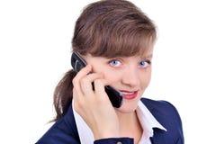 Mulher de negócios atrativa com telemóvel Fotos de Stock Royalty Free