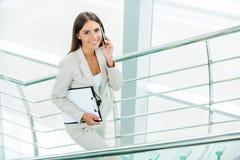 Mulher de negócios bem sucedida Fotos de Stock Royalty Free