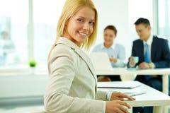 Mulher de negócios bonita Imagem de Stock Royalty Free