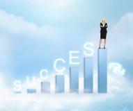 Mulher de negócios com carta 3d grande Foto de Stock Royalty Free
