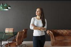 Mulher de negócios In Conference Room Fotografia de Stock