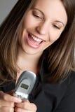 Mulher de negócios de Texting fotografia de stock royalty free