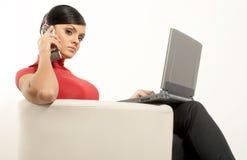 Mulher de negócios do brunet de Atractive Imagens de Stock