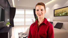 Mulher de negócios em um hotel Fotos de Stock Royalty Free