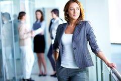 Mulher de negócios esperta Imagens de Stock Royalty Free