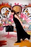 Mulher de negócios, grafitti urbano Foto de Stock Royalty Free