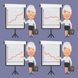 Mulher de negócios idosa Points em Flip Chart Imagem de Stock Royalty Free