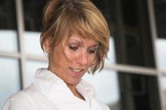 Mulher de negócios loura Imagem de Stock Royalty Free
