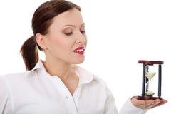 Mulher de negócios madura com hourglass fotos de stock