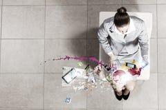 Mulher de negócios na cadeira Fotos de Stock Royalty Free