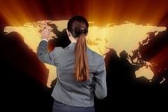 A mulher de negócios no conceito do negócio global Imagem de Stock
