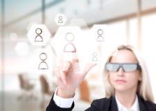 Mulher de negócios nos vidros 3D Fotos de Stock