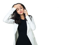 Mulher de negócios nova isolada no branco fotografia de stock royalty free