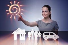 A mulher de negócios nova no conceito do seguro imagens de stock royalty free
