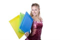 A mulher de negócios nova no escritório atrás do trabalho Fotos de Stock
