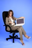 Mulher de negócios nova no traje Imagens de Stock