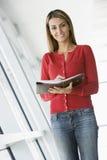 Mulher de negócios ocasional Fotografia de Stock