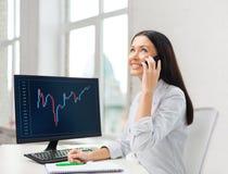 Mulher de negócios ou estudante de sorriso com smartphone Imagem de Stock Royalty Free