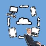 Mulher de negócios que senta-se na cadeira de giro na frente das ilustrações Imagens de Stock Royalty Free