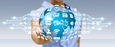 Mulher de negócios que usa o mundo digital com ícones da Web Foto de Stock