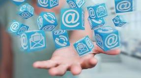 Mulher de negócios que usa a rendição de flutuação do contato 3D do cubo Imagens de Stock Royalty Free