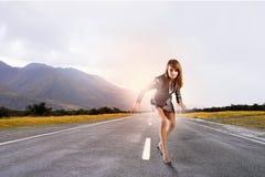 Mulher de negócios running Fotos de Stock Royalty Free