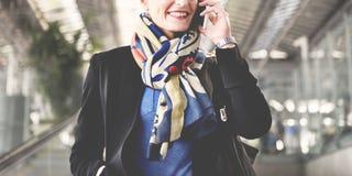 Mulher de negócios terminal Concept da viagem de negócios do aeroporto imagens de stock