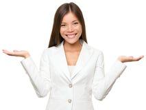 Mulher de negócio da exibição Fotografia de Stock Royalty Free