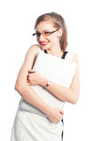 Mulher de negócio de sorriso que ama seu portátil Fotografia de Stock