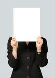 Mulher de negócios Holding Blank Signboard Imagens de Stock