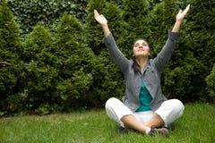 Mulher de relaxamento Imagens de Stock