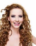 Mulher de riso bonita feliz Fotos de Stock Royalty Free