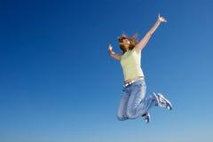Mulher de salto imagens de stock royalty free