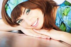 Mulher de sorriso bonita Fotografia de Stock Royalty Free