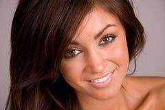 Mulher de sorriso bonita foto de stock royalty free