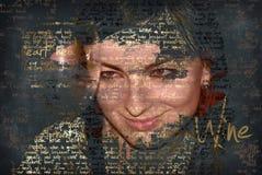 Mulher de sorriso com vidro de vinho, texto na foto Fotos de Stock Royalty Free
