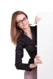 Mulher de sorriso nova com placa vazia Foto de Stock