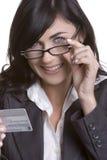Mulher do cartão de crédito Fotografia de Stock