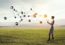 Mulher do cientista que faz a pesquisa Meios mistos Imagem de Stock Royalty Free