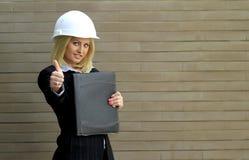 Mulher do contratante fotografia de stock royalty free
