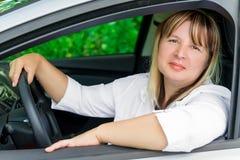 Mulher do motorista de 50 anos Foto de Stock