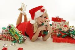 Mulher do Natal com duende Imagens de Stock
