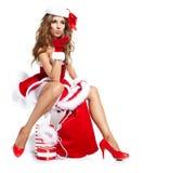 Mulher do Natal com presente Foto de Stock Royalty Free