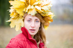Mulher do outono imagens de stock