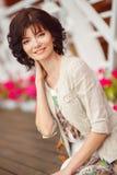 Mulher do retrato na rua durante o verão Imagem de Stock Royalty Free